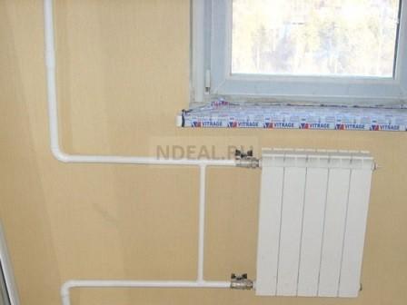 установленный секционный радиатор